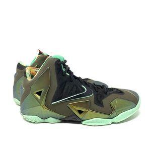 Nike Lebron XI 11 GS King's Pride Youth Size 4.5